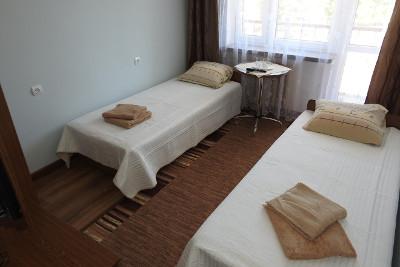 Majowy wypoczynek dla Singli w Solinie - Dom Wczasowy Halicz