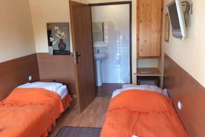 Pożegnanie wakacji dla Singli w Augustowie - Hotel Karmel