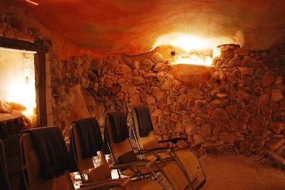 Wielkanoc dla Singli w Nałęczowie - Jaskinia Solna w Hotelu Przepióreczka
